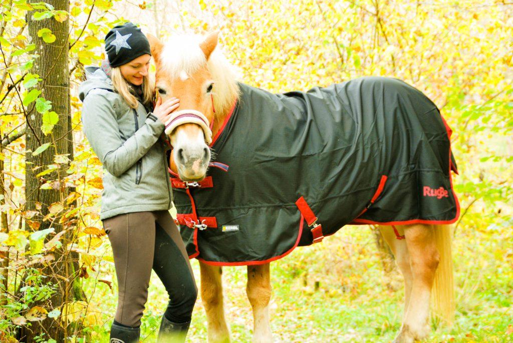 Deckenzeit - Wir haben die RugBe Zero.1 aus dem Hause Equus Vitalis für euch getestet